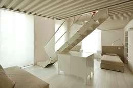 appartamento in palazzo chiapponi:  in stile  di PAT.