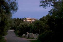 Vezzoni Associés: akdeniz tarzı tarz Evler