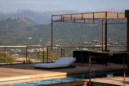 Projekty,  Basen zaprojektowane przez Vezzoni Associés