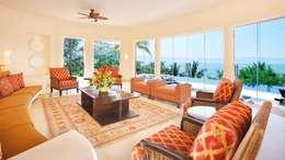 Salon de style de style Tropical par arqflores / architect