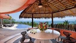 Casa Mariposa: Terrazas de estilo  por arqflores / architect