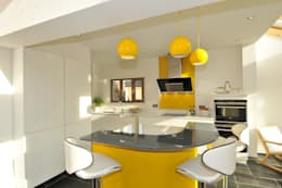 MR & MRS KNOWLES KITCHEN: modern Kitchen by Diane Berry Kitchens
