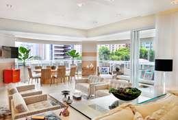 Projekty,  Salon zaprojektowane przez Adriana Scartaris design e interiores