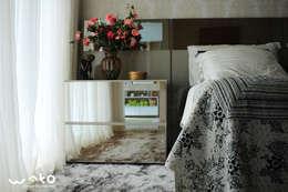 klassische Schlafzimmer von WAKO Design de Interiores
