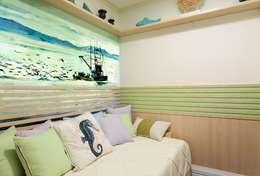 Projekty,  Sypialnia zaprojektowane przez Adriana Scartaris design e interiores