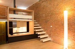 Pasillos y vestíbulos de estilo  por Beriot, Bernardini arquitectos