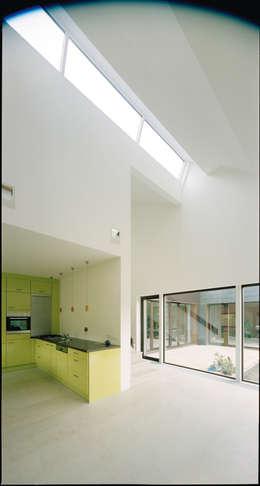 Wohnraum: moderne Wohnzimmer von F29 ARCHITEKTEN GMBH