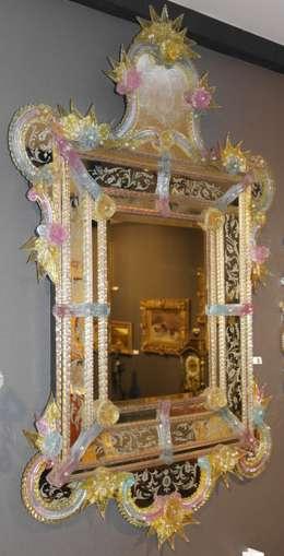 Miroir vénitien de Murano: Chambre de style de style Classique par Moinat SA