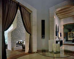 Casa Dl Bosque: Comedores de estilo ecléctico por JR Arquitectos
