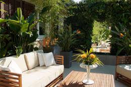 Jardines de estilo moderno por DB design