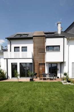 Rijtjeshuis door in_design architektur