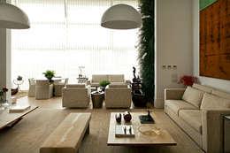 ABRM APARTAMENTO: Casas modernas por Noura van Dijk Interior Design