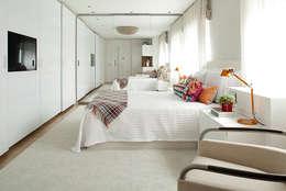 moderne Häuser von Noura van Dijk Interior Design