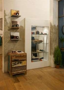 Kantoor- & winkelruimten door studiooxi