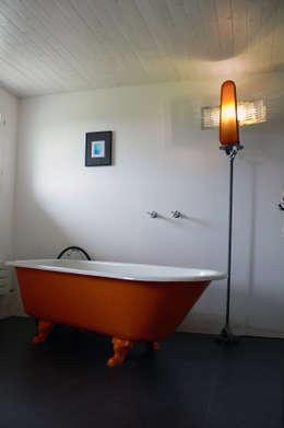 Bathroom by Lichtarbeiten
