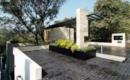 Canterburry: Terrazas de estilo  por Sobrado + Ugalde Arquitectos