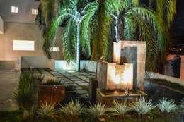 Área de jardín: Jardín de estilo  por Superficie Actual
