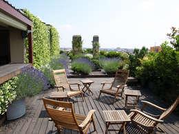 Terrazas de estilo  por Hortensia