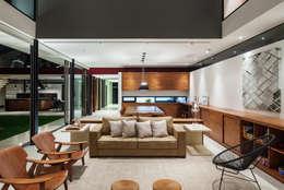 Salon de style de style Moderne par FCstudio