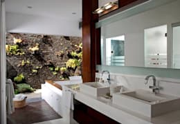 Baños de estilo moderno por Taller Luis Esquinca