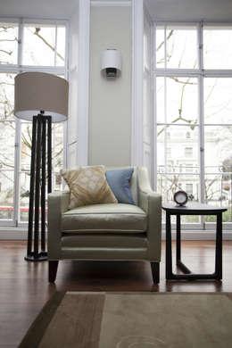Salon de style de style Moderne par Roselind Wilson Design