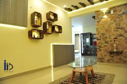 Living room :   by Innover Interior Designs