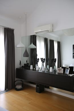 غرفة المعيشة تنفيذ Esra Kazmirci Mimarlik
