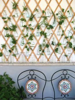 Terrazas de estilo  por Blogger Groovy Elisa