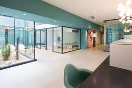 Agence d'architecture intérieure Laurence Faure:  tarz Ofis Alanları