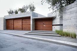 Maisons de style de style Moderne par Landa Suberville