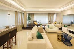 Sala de estar fechada: Salas de estar modernas por AL11 ARQUITETURA