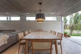 Mesa arenada: Hogar de estilo  por Muebles muc.