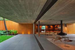 บ้านและที่อยู่อาศัย by Studio MK27