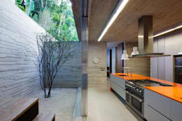 modern Kitchen by Studio MK27