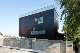 minimalistic Houses by hollegha arquitectos