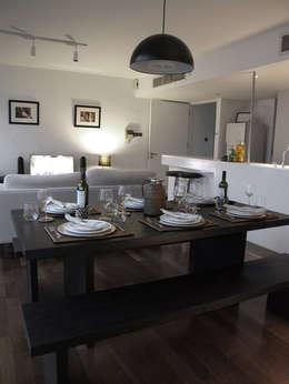 modern Living room by elliot James Pte Ltd