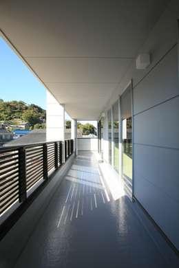 Projekty,  Taras zaprojektowane przez CAF垂井俊郎建築設計事務所