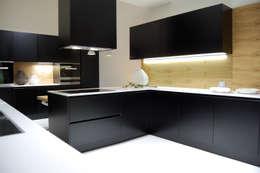 modern Kitchen by Studio Versuro