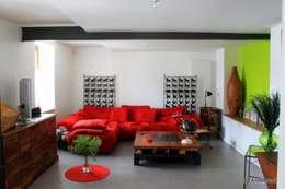 Espace de vie: Salon de style de style Moderne par 3B Architecture