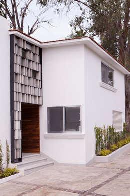 Remodelacion Casa Cuernavaca: Casas de estilo moderno por Taller David Dana Arquitectura