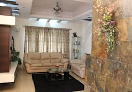 Villa in Whitefield:   by Innover Interior Designs