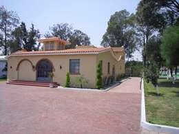 Casas rústicas por JRK Diseño - Studio Arquitectura