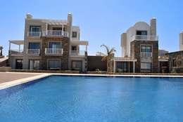 Estateinwest – Azure Villaları 4 Odalı Müstakil Villalar: modern tarz Evler