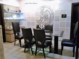 Dinning Room: modern Dining room by Five One Interio