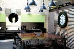 Cuisine: Maisons de style de style Industriel par Alizé Chauvet Architecte - Designer intérieur