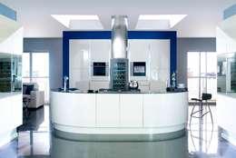 modern Kitchen by Kitchens Continental Ltd