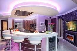 moderne Keuken door Kitchens Continental Ltd