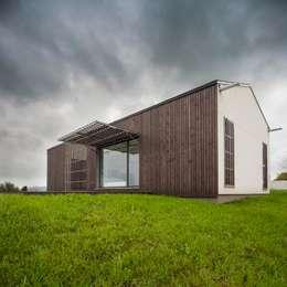 Дома в . Автор – Modulo12
