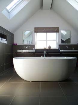 Projekty,  Łazienka zaprojektowane przez Capra Architects