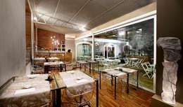 Mei - soulful sushi:  in stile  di Studio Magenis Professionisti Associati